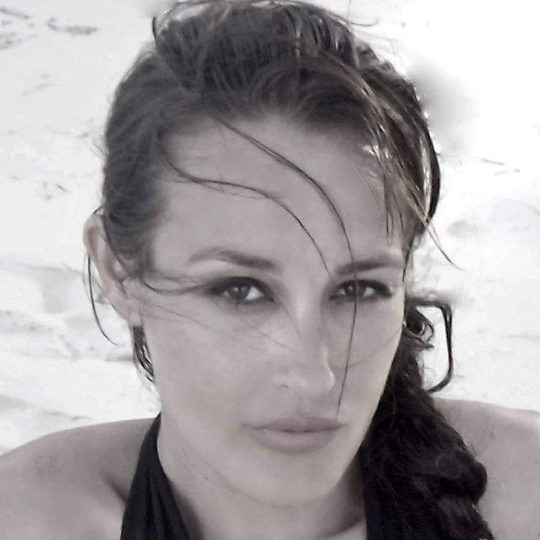 Ieva-Lykos,-attrice,-regista,-sceneggiatrice,-documentarista...
